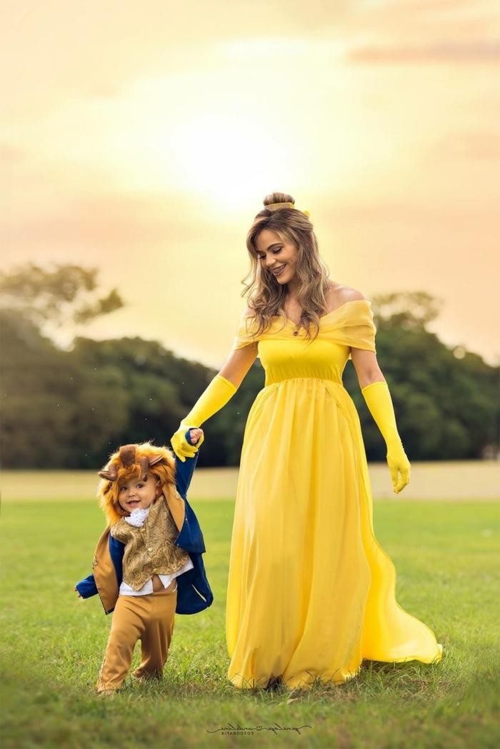 Die Schöne und das Biest Kostüm. Mutter im langen gelben Kleid, Faschingskostüme Kinder Jungen, Baby im Anzug