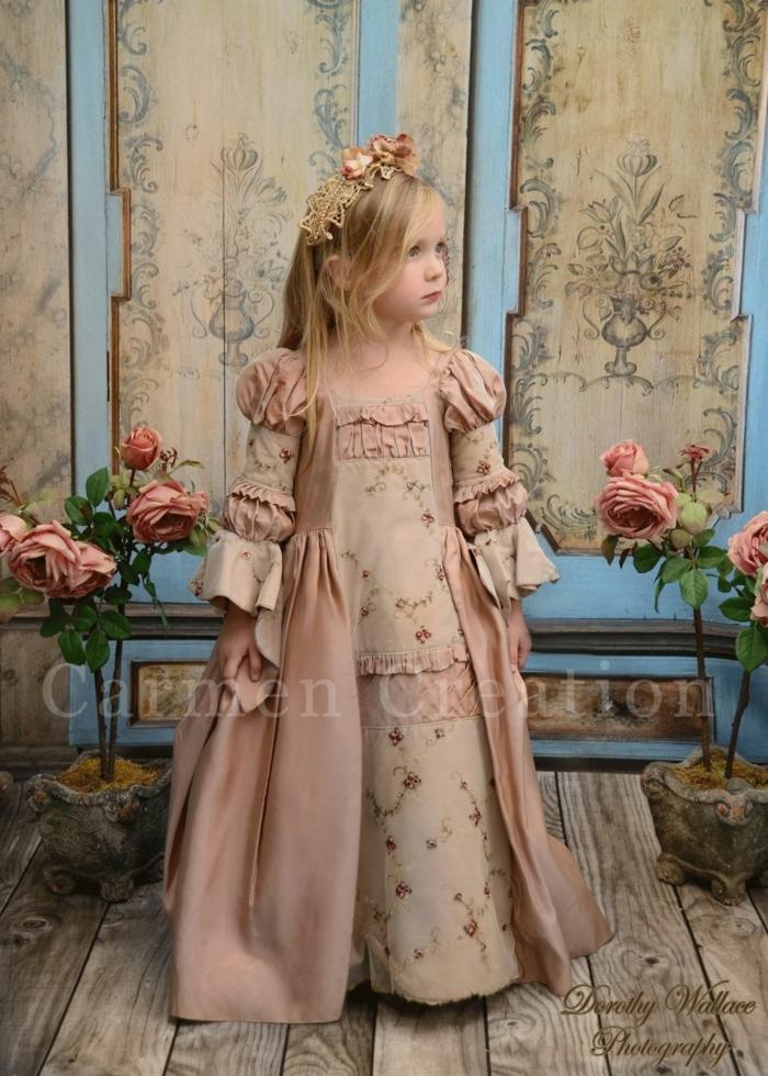 Prinzessin Kostüm für Karneval, Kleid in blasspink mit Rosen, Blumenkranz mit Rosen, Faschingskostüme Mädchen