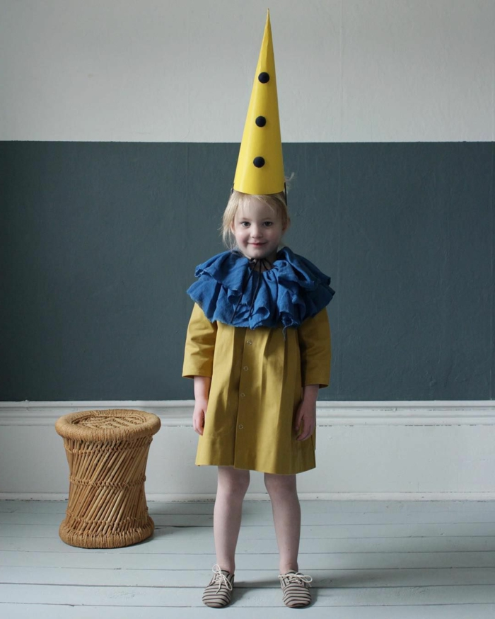 Clown Kostüm in gelb, Kragen in blau, Kleid und Hut in gelb, Faschingskostüme Mädchen