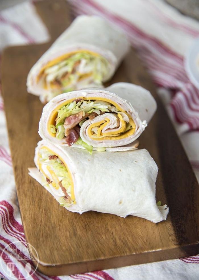 füllung für wraps mit eiern und schinken, picknick essen einfach und schnell, burittos zubereiten