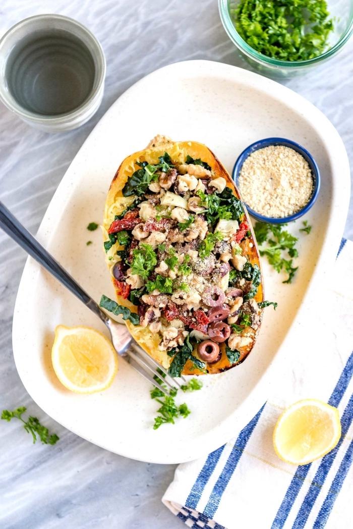 kürbis gefüllt mit gemüse, ideen mittagessen familie, gesunde rezepte, was koche ich heut mittag