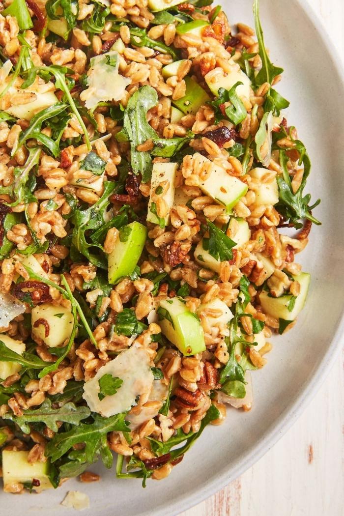 mittgessen vorschläge, was koche ich heute mittag, reis mit rukkola und zucchini, gesund