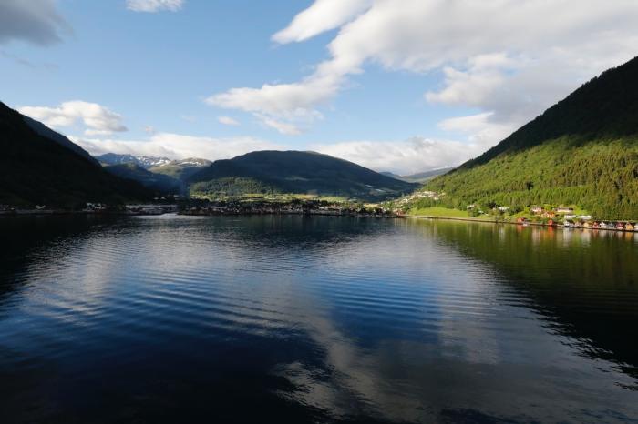 reise nach norwegen, welche sind die besten kreuzfahren in den norwegischen fjorden