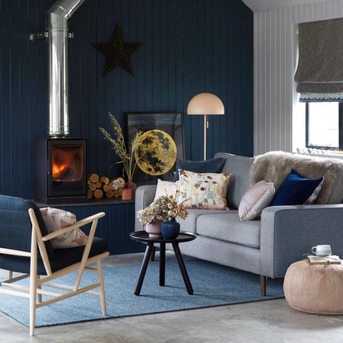 schöne wandfarben ideen, wohnzimmer in weiß und blau, graues sofa, wohnzimmerdeko