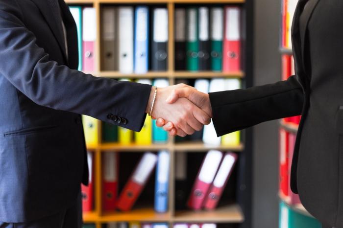 unternehmenskredit aufnehmen, was ist zu beachten, hilfreiche tipps, kredit beantragen