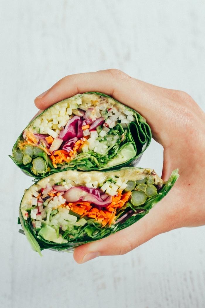 vegetarische wraps, low carb rezept mit gemüse, reis und käse, picknick essen ideen