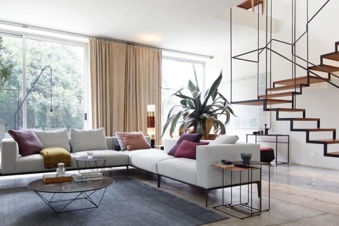 wohnzimmer farben 2019, transfarbe weiß, trandige einrichtungsideen, weißes ecksofa
