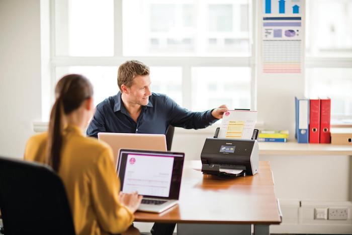 Welcher Drucker eignet sich fürs Büro, schneller Drucker, der haltbare und klare Ergebnisse liefert