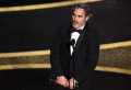 """""""Parasite"""" ist der erste fremdsprachige Film, der den großen Oscar-Preis gewinnt!"""