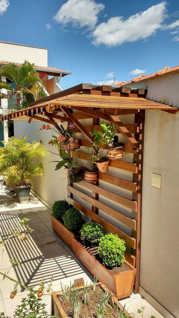 Sichtschutz garten Ideen selber machen aus Holz, kreative Ideen für Gartendekoration, Deko Ideen Garten