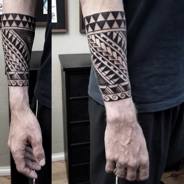 tattoo trends 2019, tätowierungen mit beudetung, blackwork design, unterarm tätowieren lassen