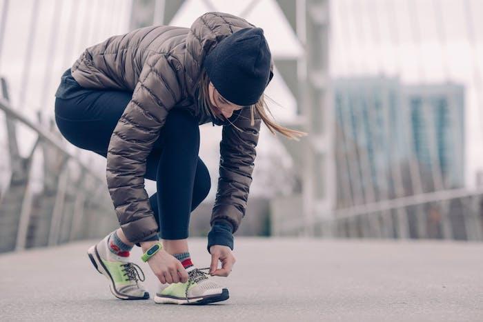 Sport treiben gegen Winterdepressionen, Glückshormone ausschütten