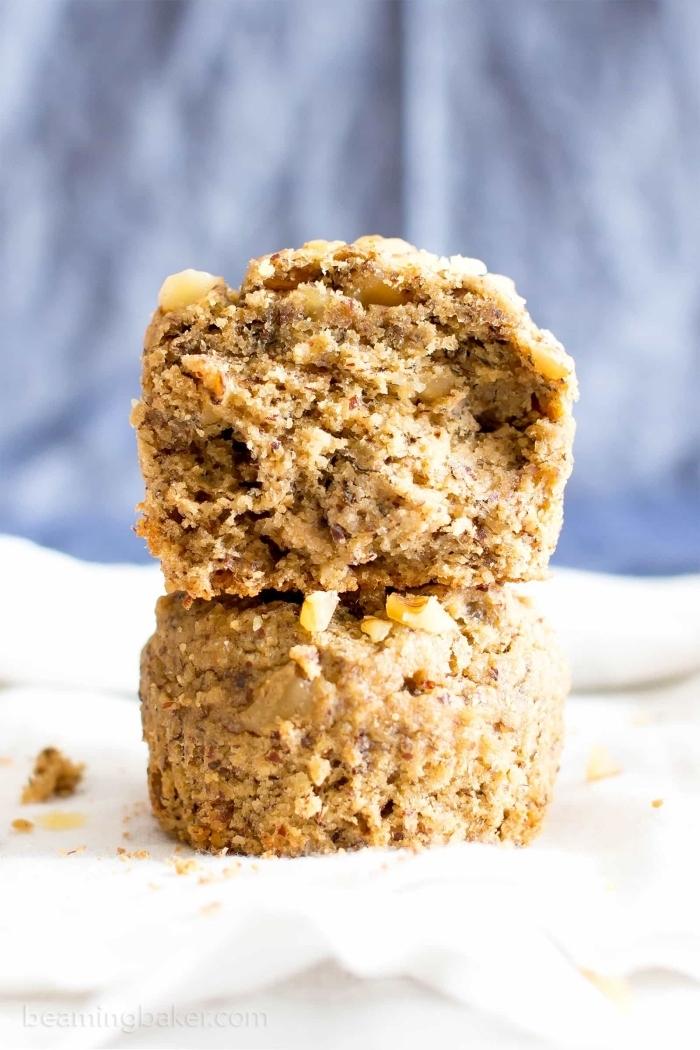 apfelkuchen ohne ei, gesunde muffns mit äpfeln, nüssen und zimt, muffinsrezepte vegan