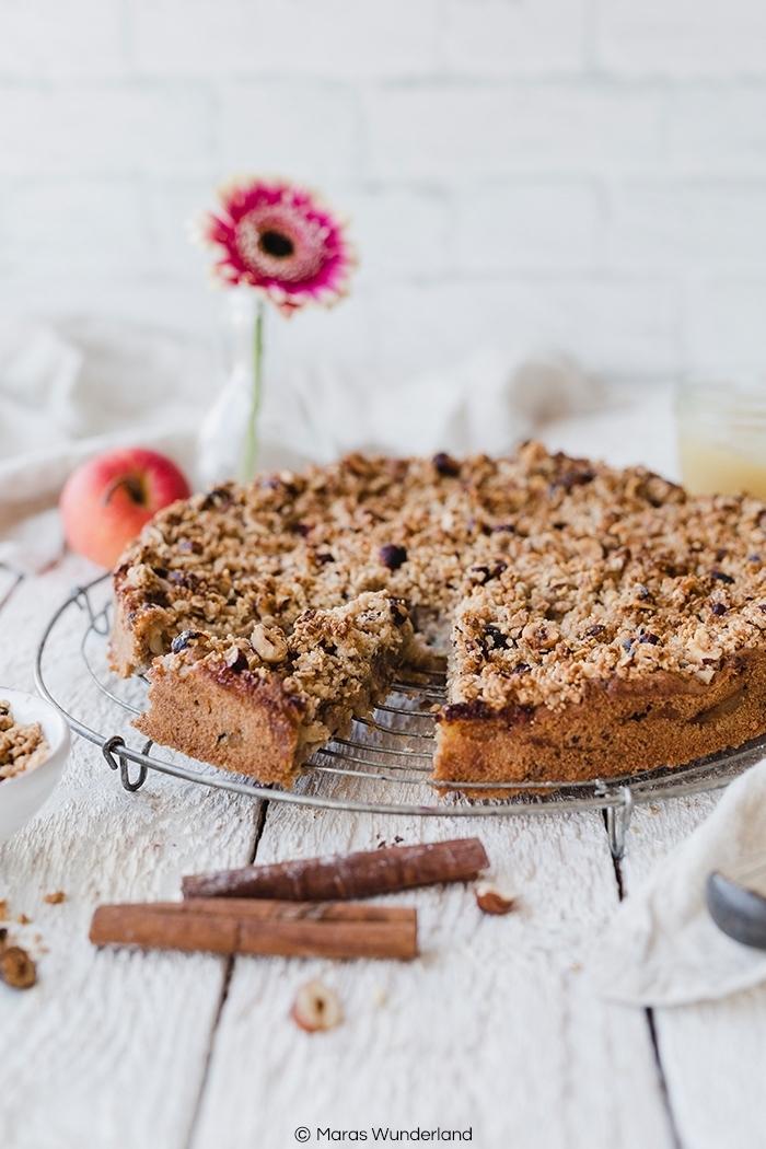 apfelkuchen ohne ei, vegane rezepte ideen, kuchen mit zimt und obst, gesunder nachtisch