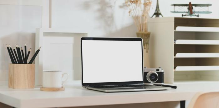 arbeitszimmer einrichten, schreibtisch auswählen, arbeitszimmereinrichtung tipps, heimbüro gestalten