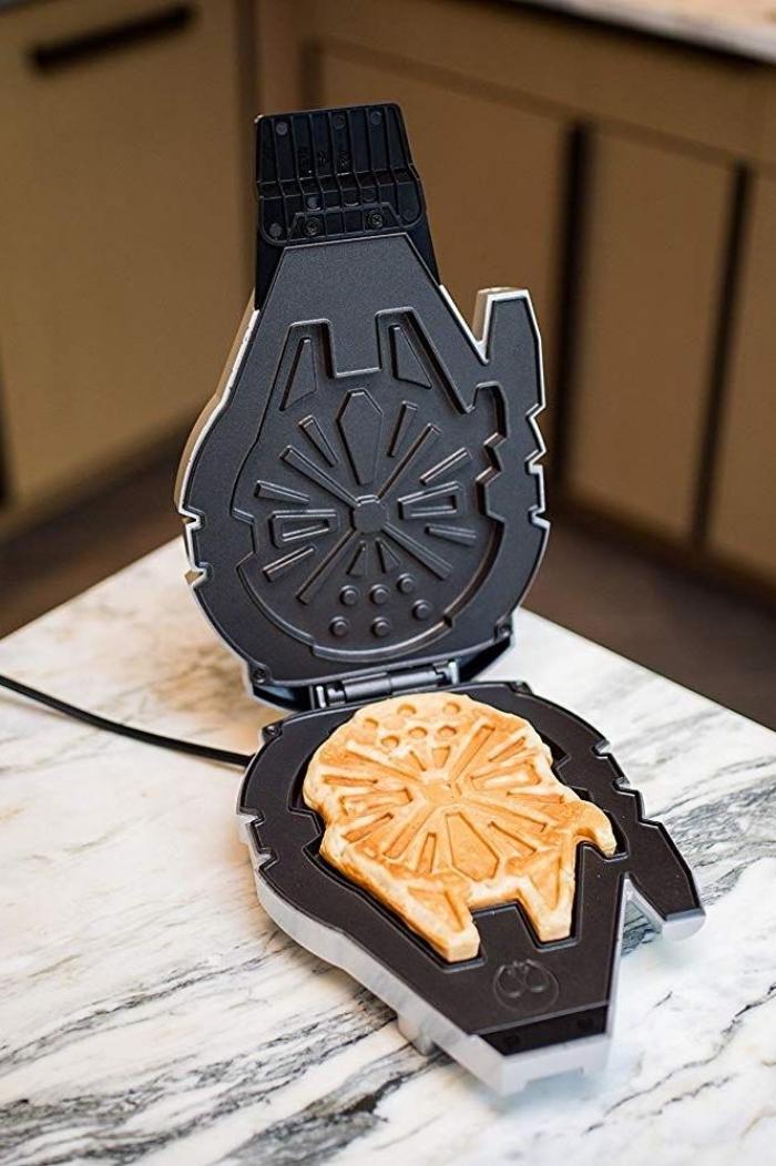 besondere geschenkideen für männer, was schenke ich meinem mann, waffle maker