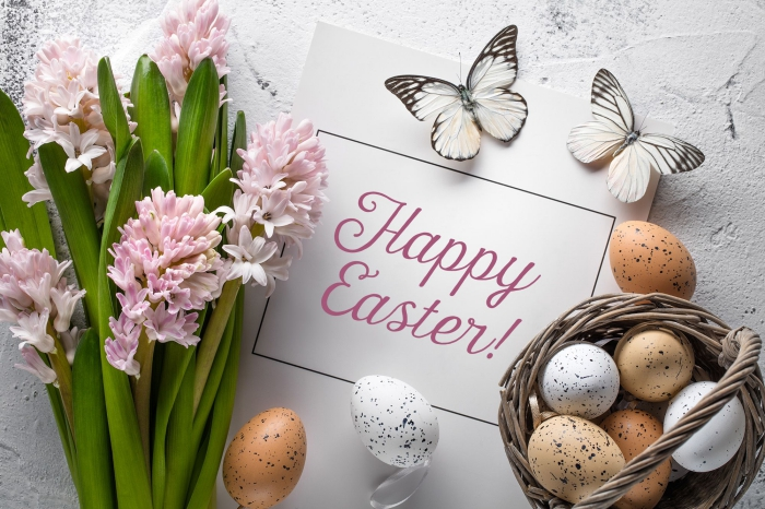 rosa blumen, happy easter, frohe ostern wünsche, korb mit eiern, osterkarte schreiben
