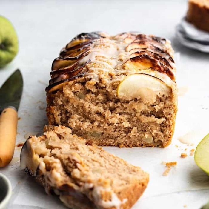 gesunder kuchen rzeept, kuchenrezeot mit äpfeln und zimt, apfelkuchen zubereiten