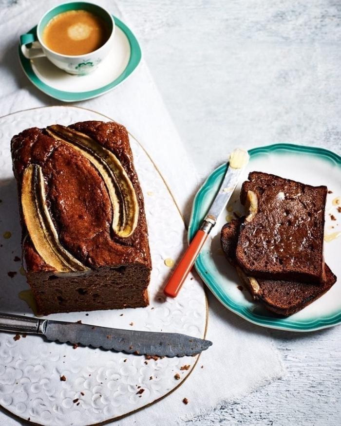 gesunder kuchen rezept, schokokuchen mit bananen, zuckerfreier obstkuchen mit kakao
