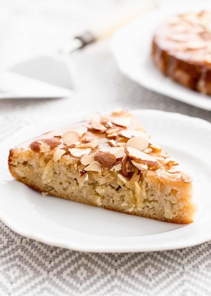 gluten milch und zuckerfreie ernährung, apfelnkuchen mit mandeln, gesundes dessert, zuckerfrei