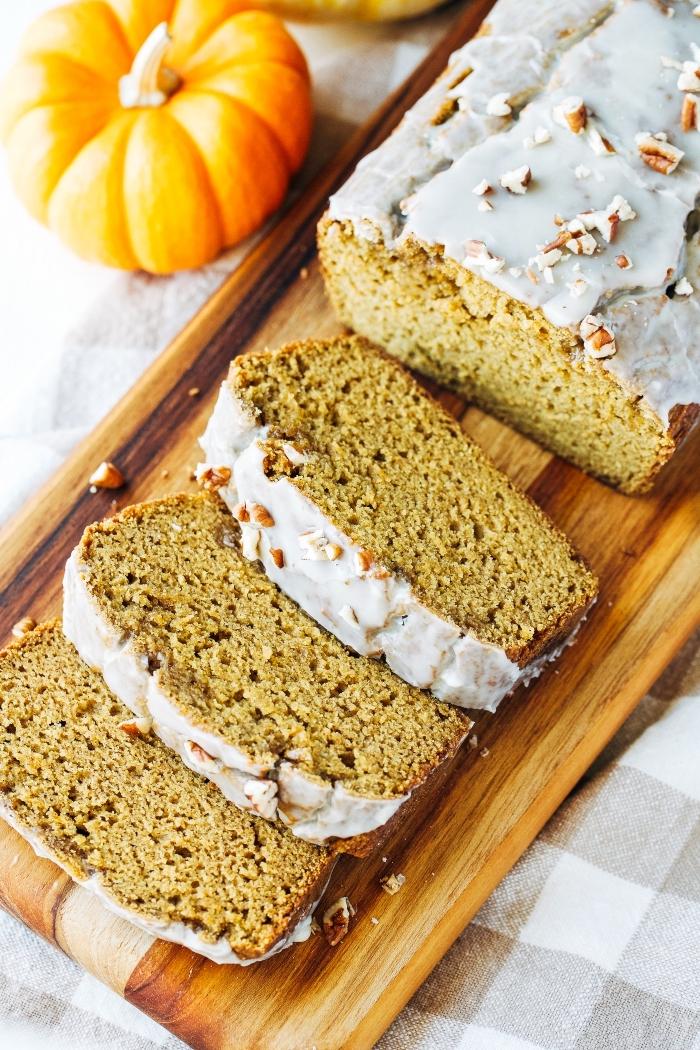 gluten milch und zuckerfreie ernährung, kürbiskuchen mit pekannüssen, kuchen mit kürbis und nüssen