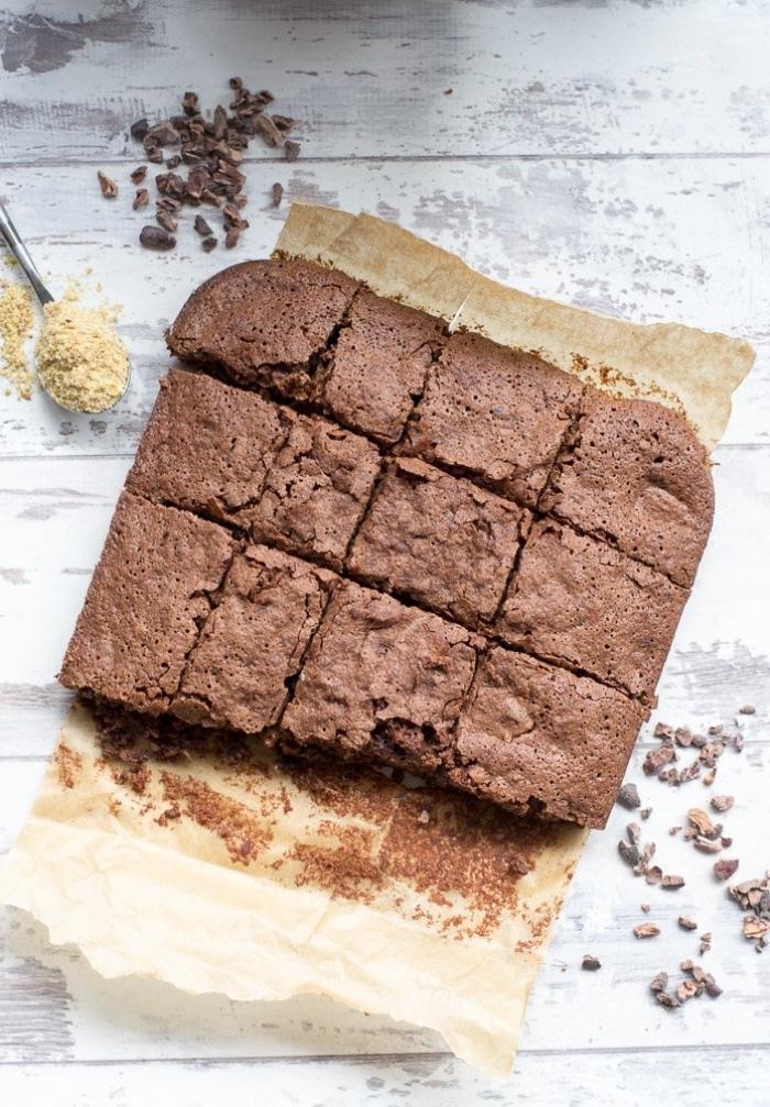 kuchen one mehl und zucker, vegane brownies, zuckerfreier nachtisch mit kakao, dessert