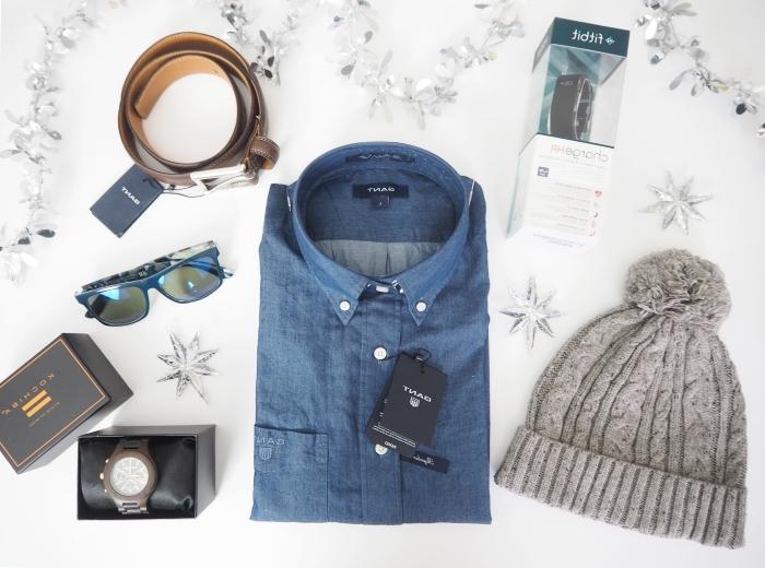 weihnachtsgeschenke für männer, blaues hemd, graue mütze, brauner gürtel, geschenk set