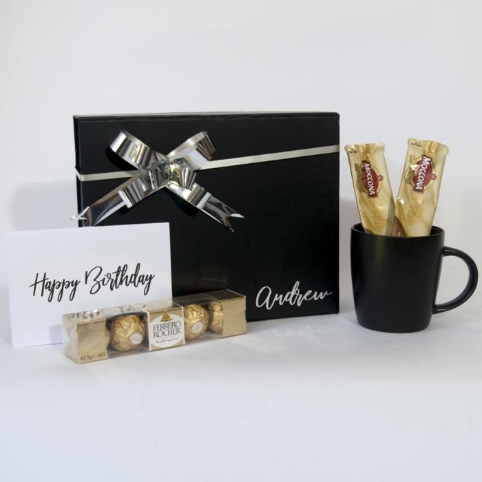 weihanchtsgeschenke für männer, schwarze kaffeetasse, geschenk set mit süßigkeiten, pralinen