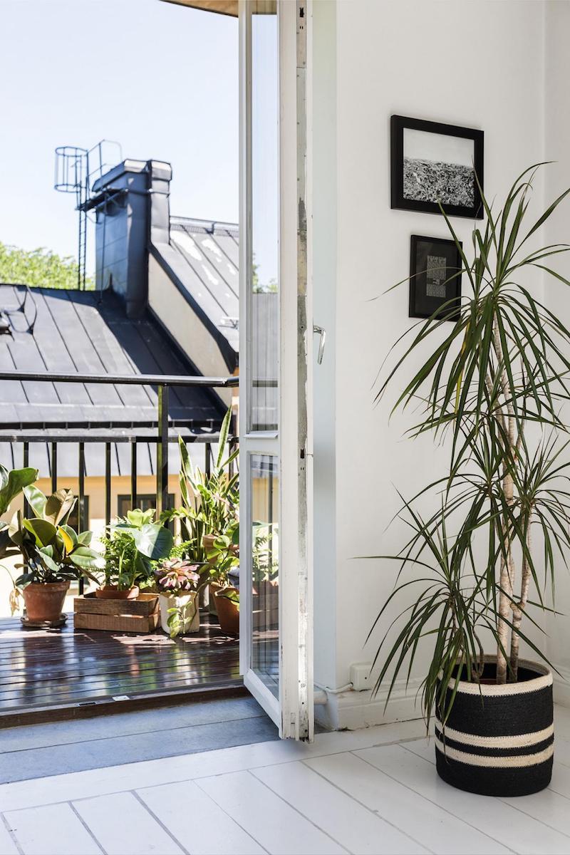 wohnzimmer mit terrasse balkon gestalten pflanzen inspiration