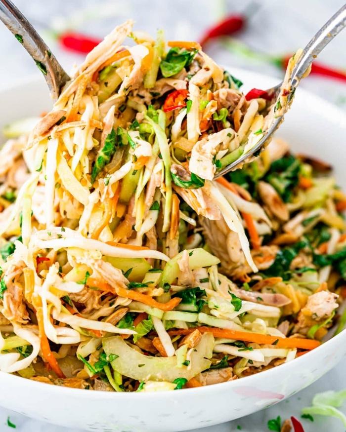 salat zum grillen, gegrillte hänchenbrust mit karotten zucchini und paprika, rezepte zum abnehmen