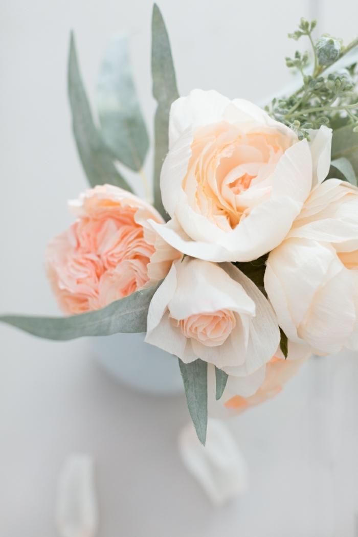 tolle rosen aus papier schnell und einfach selver machen, frühlingsdeko ideen, papierrosen