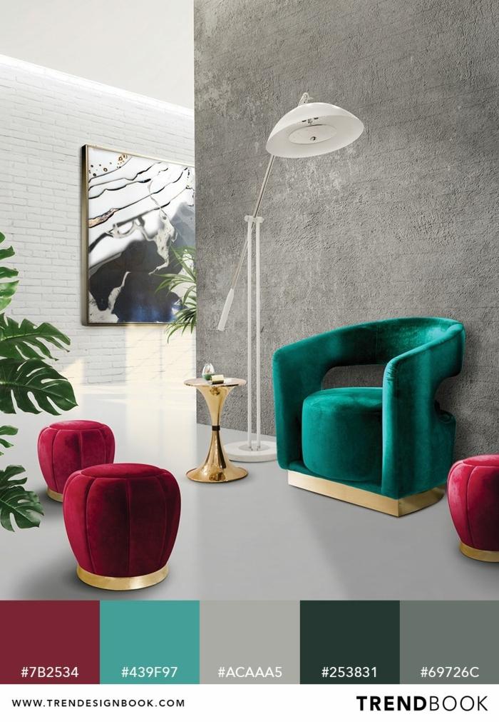 Farbentrends für das Jahr 2020, Deko Tipps für das Wohnzimmer, grüner Sessel, kleine burgunde Hocker
