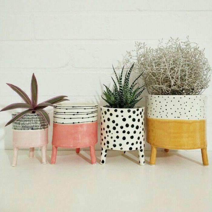 verschieden dekorierte Pflanzenbehälter, Blumenübertöpfe für Innen, DIY Beton Blumentopf