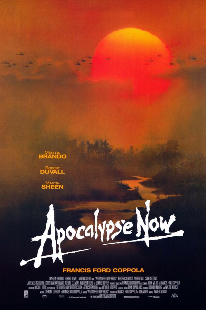 der poster zu dem film apocalypse now von francis ford copola, dschungel in vietnam und ein fluss