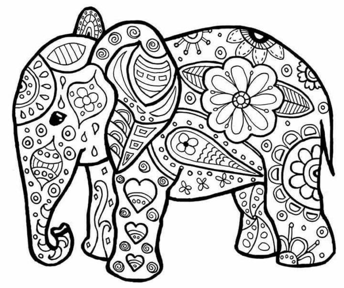 Bild von einem kleinen Elefanten, Mandalas für Kinder, viele Blumen und Herzen Motive,