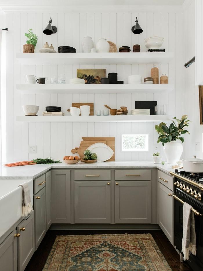 Einrichtung im minimalistischen Stil, graue Küchenschränke, Kücheneinrichtung Ideen modern
