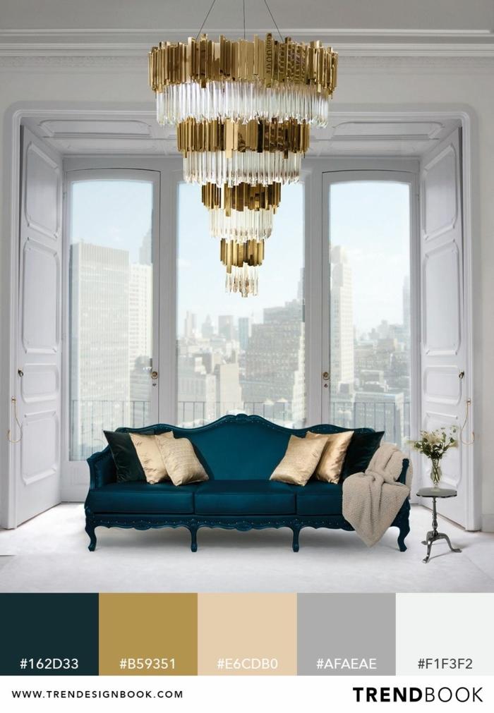 Trendfarben für Frühling Sommer 2020, Pinterest Deko. blauer Couch mit Kissen, Deko Tipps