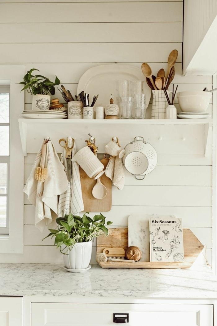 Pinterest Küche Dekoration, Interior Design in monochrome weiße Farbe, besteck aus Holz,