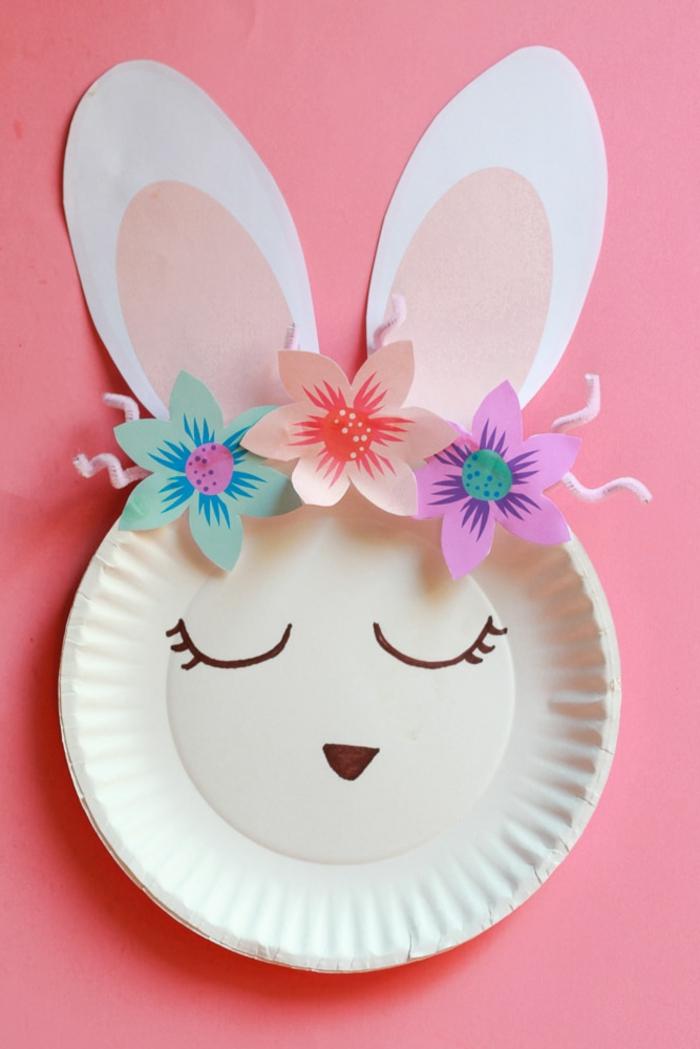Muttertag basteln Kinder Pinterest, Hase Basteln mit Pappteller, Dekoration mit drei Blumen