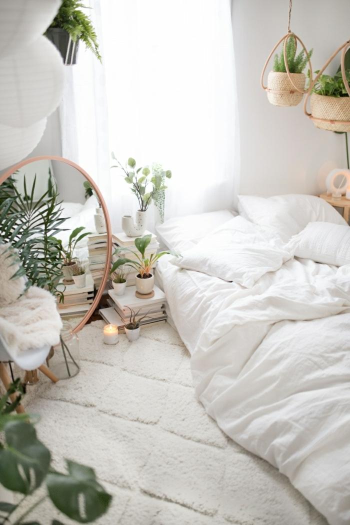teenager zimmer mädchen, kleines schlafzimmer in weiß dekorierert mit vielen blumen