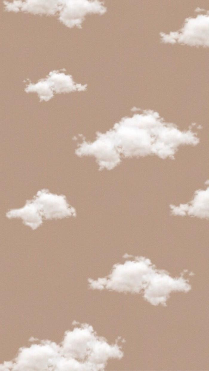 ästhetische Tapete und Bilder für Handyhintergrund, weiße Wolken am beigen Hintergrund, cute iphone wallpapers