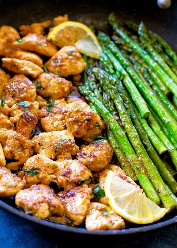 low carb rezepte abendessen, hänchenfleisch mit zitreone, soja soße und spargeln