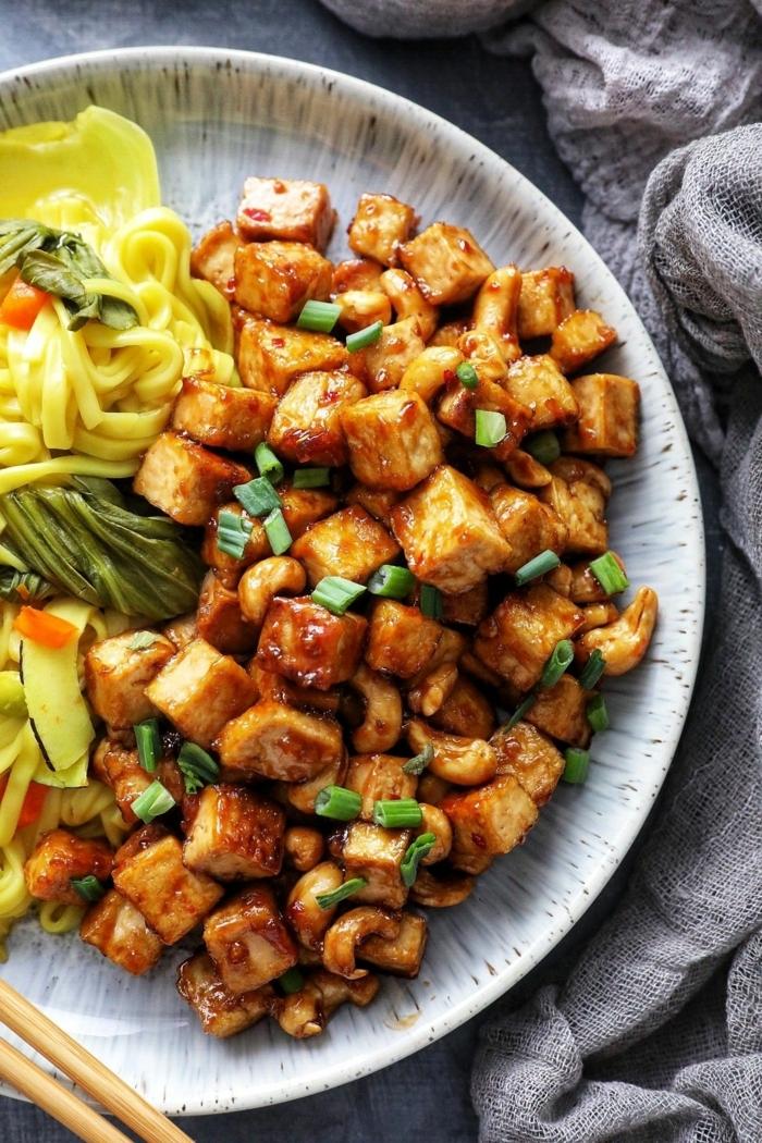low carb abendessen rezepte, tofu mit soja soße und salat, was koche ich heute