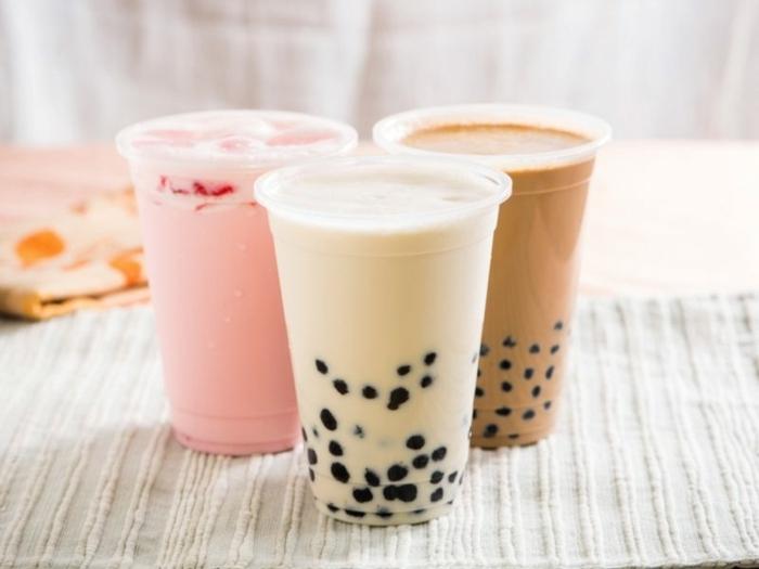 bubble tea sorten, wie bereitet man boba tea, frische getränke mit milch