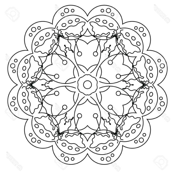 kreisförmiges Bild in der Form einer Blumen, Ausmalbilder kostenlos mit Mandala Muster