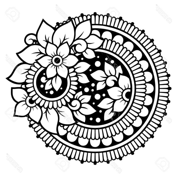 schwarz weißes Bild mit Blumen und Halbkreisen, Aumalbilder zum Ausdrucken kostenlos, Mandala Muster