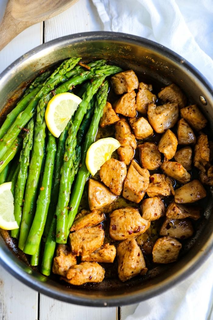 abendessen ideen, low carb high protein rezepte, hänchenfleisch mit spargen und zitronre