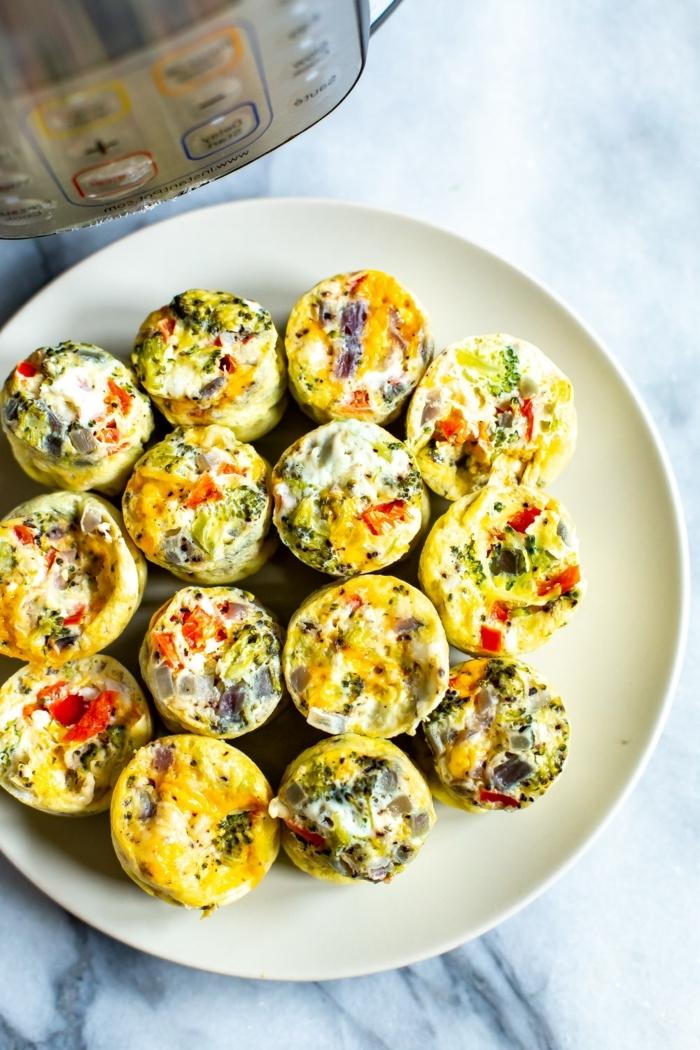 low carb high protein rezepte, salzige muffins mit eiern und gemüse,abnehmen essen