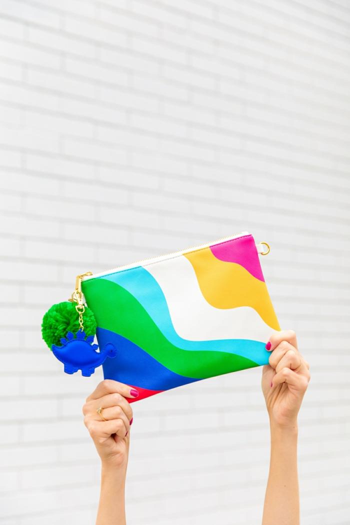 2 kleine tasche nähen bunte handtasche in den regenbogen farben reißverschluss