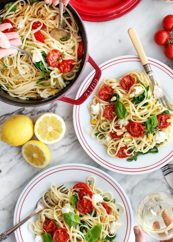 essen für schwangere abendessen einfach und schnell pasta mit romaten und basilikum